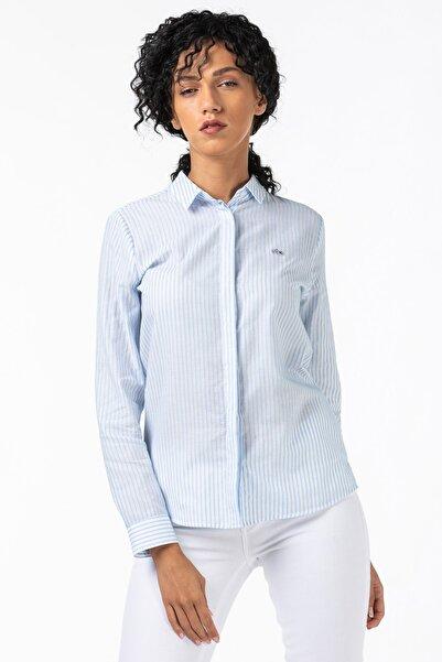 Lacoste Kadın Çizgili Mavi Gömlek CF2120