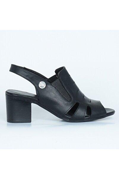 Mammamia Kadın Siyah Deri Trend Sandalet