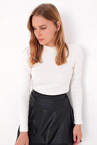 Trend Alaçatı Stili Kadın Ekru Prenses Kol Yarım Balıkçı Şardonlu Crop Bluz ALC-X5042