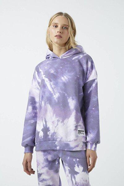 Pull & Bear Kadın Renkli Mor Batik Kapüşonlu Sweatshirt 09594373