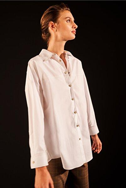 Love My Body Kadın Beyaz Oversize Viskon Gömlek
