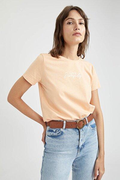 DeFacto Kadın Turuncu Slogan Baskılı Pamuklu Relax Fit Kısa Kollu T-Shirt