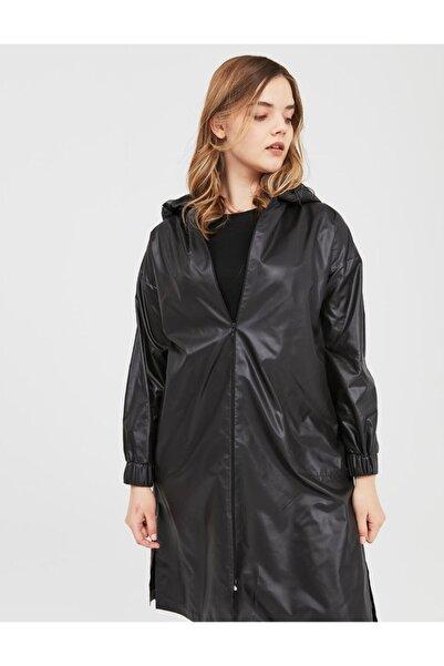 Kayra Kapüşonlu Giy-çık Siyah B21 25024