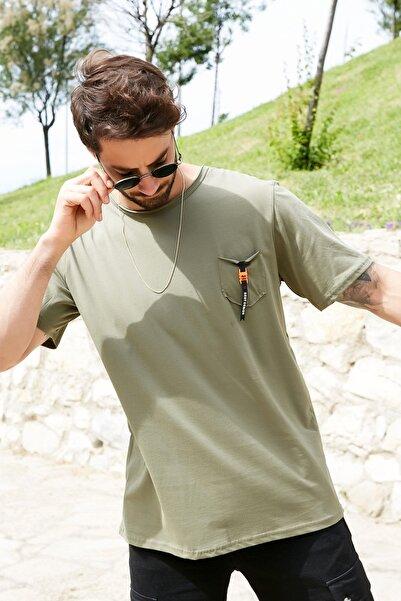 Sateen Men Erkek Haki Cepli Armalı T-Shirt