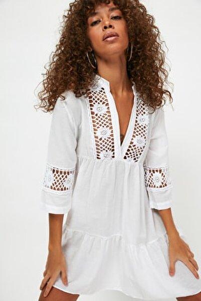 Beyaz Dantelli Vual Plaj Elbisesi TBESS20EL0854