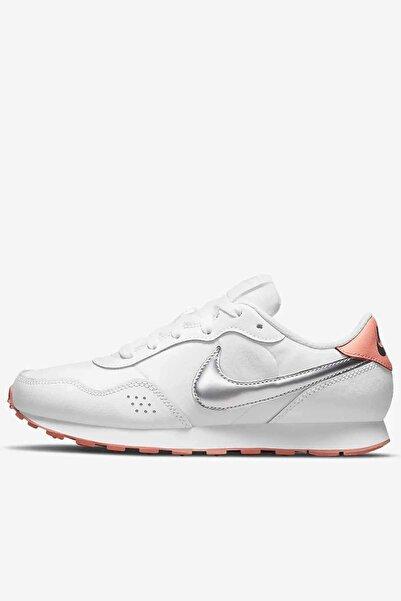 Nike Kadın Günlük Spor Ayakkabı Cn8558-101-