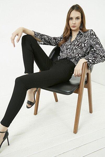 Vis a Vis Kadın Siyah Dar Paça Yüksek Bel Pantolon STN136KPA102