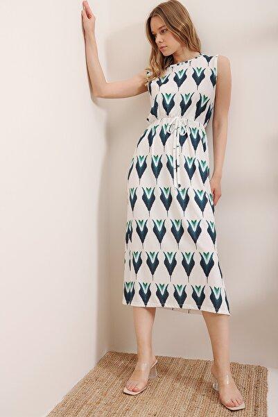 Trend Alaçatı Stili Kadın Beyaz Çiçek Desenli Maxi Boy Kolsuz Elbise ALC-019-032-001