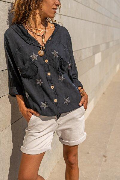 Güneşkızı Kadın Siyah Yıkamalı Keten Fileli Yıldız Pullu Kapüşonlu Bluz GK-RSD2046