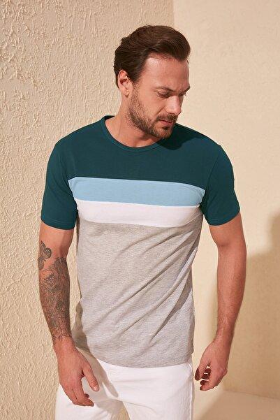 TRENDYOL MAN Zümrüt Yeşili Erkek Çizgili Slim Fit T-Shirt TMNSS20TS0166