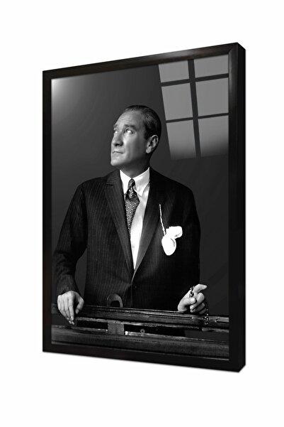 Tablosan Istikbal Göklerdedir Atatürk Portresi Çerçeveli Cam Tablo