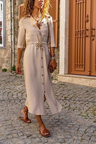 Güneşkızı Kadın Bej Keten Beli Büzgülü Hasır Kemerli Gömlek Elbise GK-BST2837