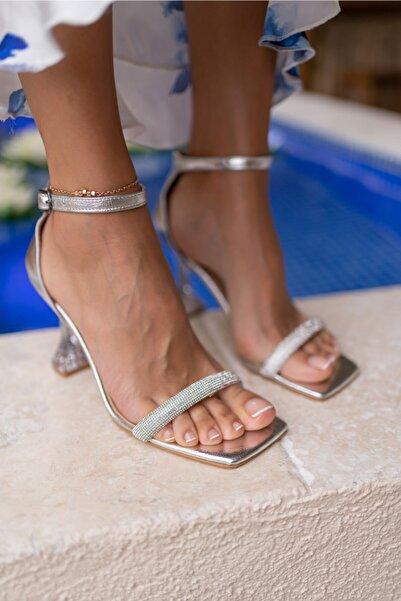 ANGELİNA JONES Rowska Kadın Gümüş Taşlı Sandalet