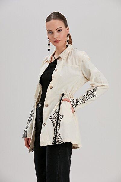 Y-London Kadın Ekru Tribal Nakış Detaylı Beli Bağlamalı Oversize Ceket YL-CE99924