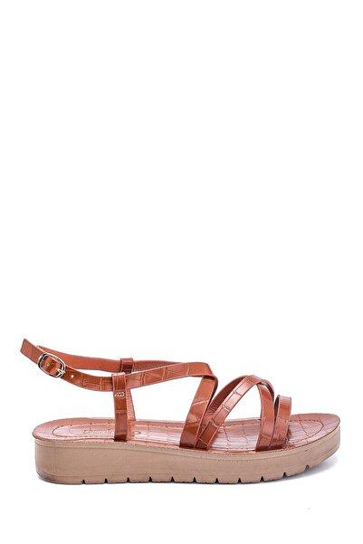 Derimod Kadın Casual Kroko Desenli Sandalet