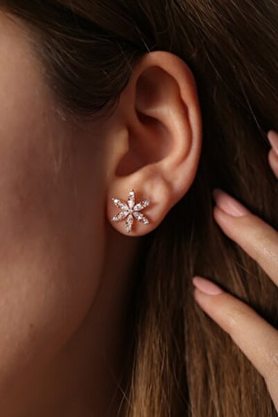 925 Ayar Gümüş Beyaz Zirkon Taşlı Çiçek Küpe