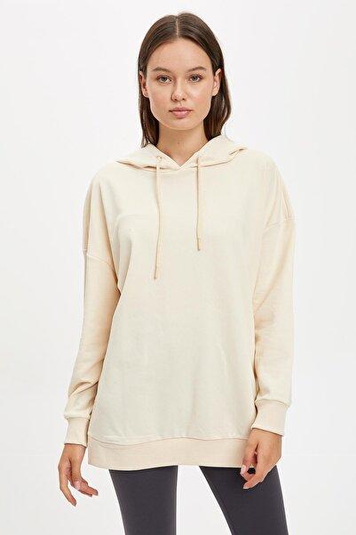 DeFacto Fit Kadın Ecru Oversize Kapüşonlu Sporcu Sweatshirt S3707AZ20AU
