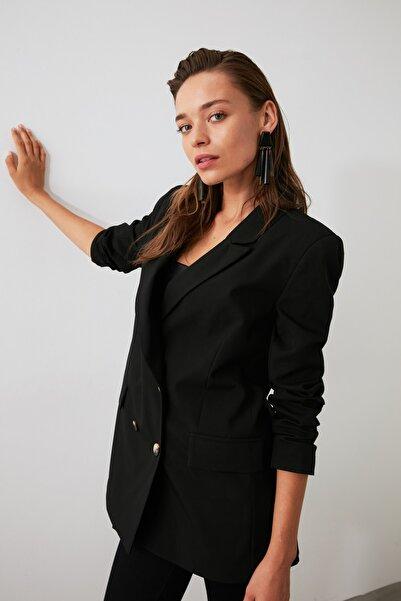 TRENDYOLMİLLA Siyah Düğmeli Blazer Ceket TWOAW21CE0145
