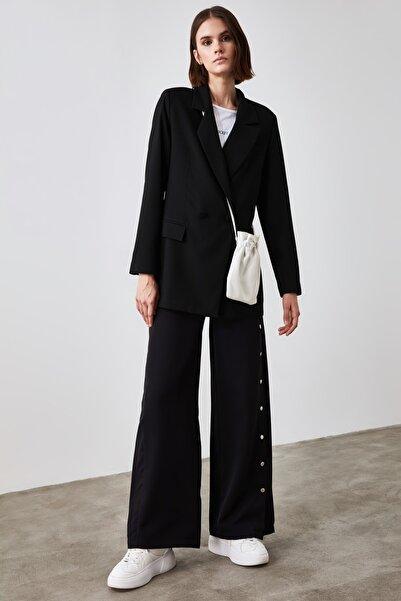 TRENDYOLMİLLA Siyah Düğmeli Blazer Ceket TWOAW21CE0308