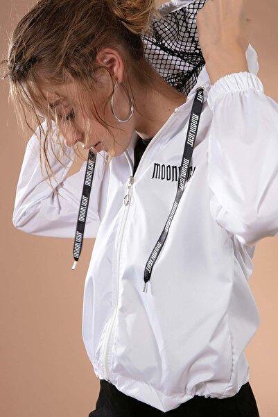 Y-London Kadın Beyaz Kapşonu File Detaylı Beli Bağcıklı Yağmurluk Y20W167-7643
