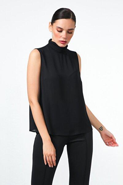 Gusto Kadın Siyah Dik Yakalı Bluz