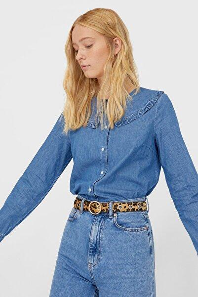Stradivarius Kadın Orta Mavi Chelsea Yaka Denim Gömlek 06186620