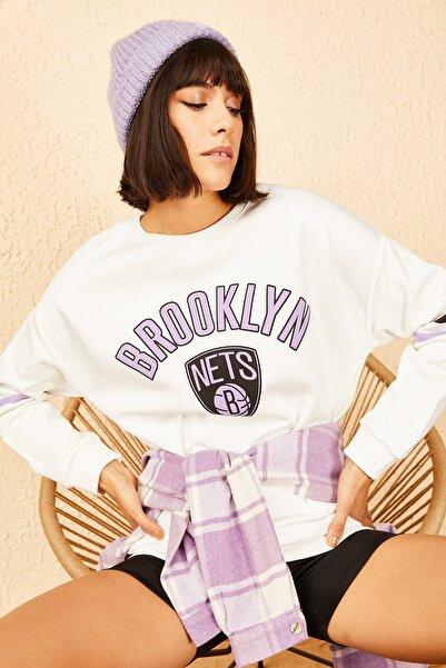 Bianco Lucci Kadın  Ekru Brooklyn Baskılı Sweatshirt