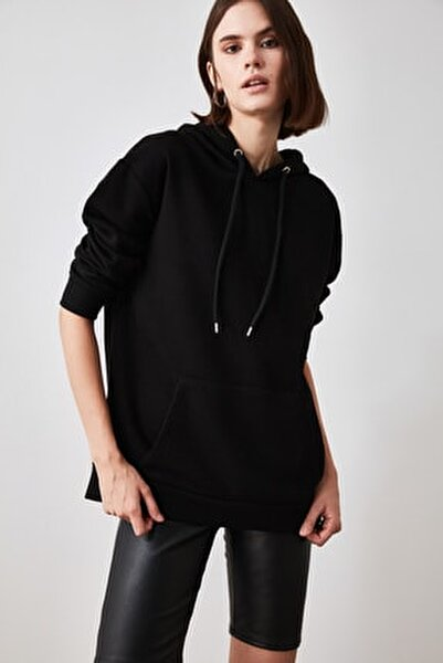 Siyah Kanguru Cepli Kapüşonlu Boyfriend Örme Sweatshirt TWOAW20SW0525