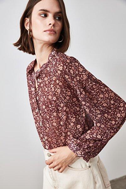 TRENDYOLMİLLA Çok Renkli Çiçekli Gömlek TWOAW21GO0438
