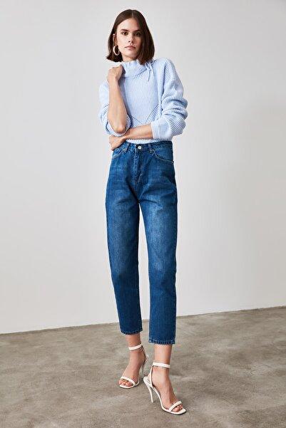 TRENDYOLMİLLA Lacivert Yüksek Bel Mom Jeans TWOAW21JE0415