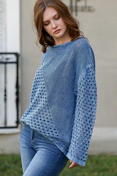 Chiccy Kadın Çivit Mavi Kayık Yaka Pirinç ve Kafes Örgü Desen Bloklu Yıkamalı Triko Bluz M10010200BL95982