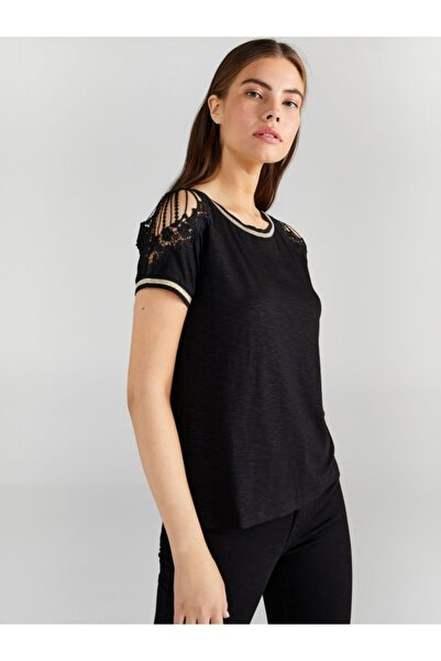 Faik Sönmez Kadın Siyah Omuzu Dantelli T-shirt