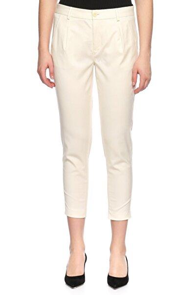 Juicy Couture Kadın Ekru Kısa Pantolon