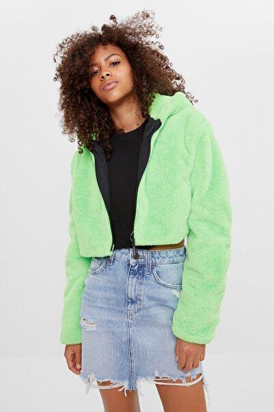 Bershka Kadın Yeşil Kapüşonlu Suni Kürk Ceket