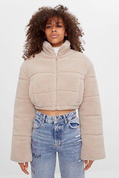 Bershka Kadın Bej Suni Kürk Crop Fit Ceket