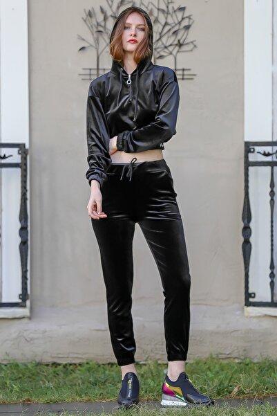 Chiccy Kadın Siyah Kadife Kapüşonlu Beli Lastikli Cep Detaylı Eşofman Takım M10410000ES99950