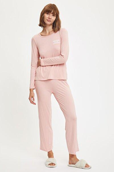 DeFacto Fit Kadın Pınk Minimal Baskılı Uzun Kollu Pijama Takımı S2627AZ20AU