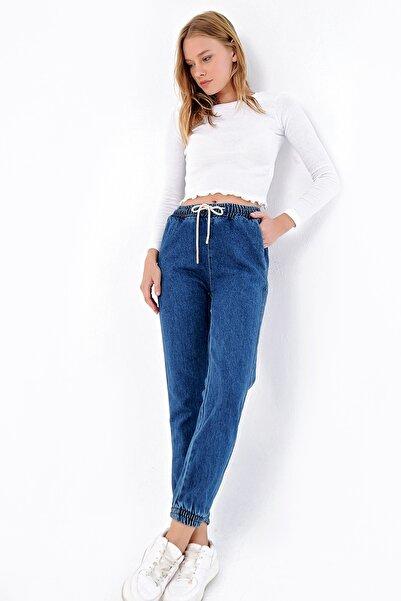 Trend Alaçatı Stili Kadın Mavi Beli Ve Paçası Lastikli Jean Pantolon ALC-X4971