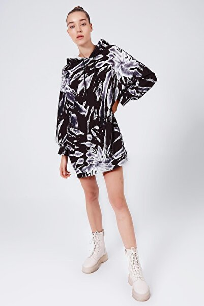 Y-London Kadın Beyaz Siyah Baskılı Kapşonlu Oversize Sweatshirt Elbise Y20W110-4125-36