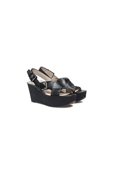 CLARKS Kadın Siyah Dolgu Topuklu Ayakkabı