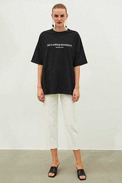 İpekyol Kadın Siyah Slogan Baskılı Tişört