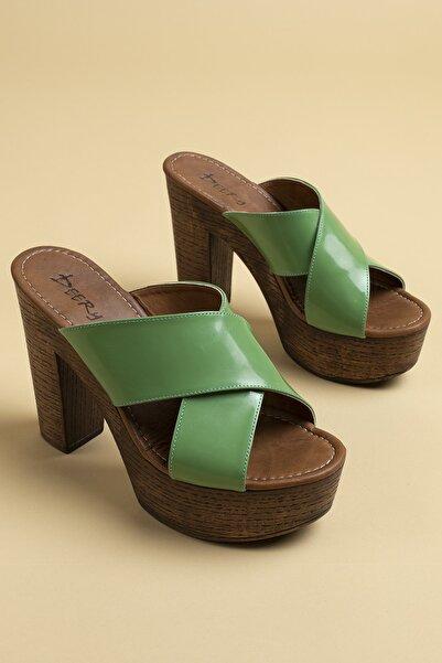 Deery Kadın Yeşil Hakiki Deri Terlik