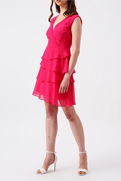 RANDOM Kadın Fuşya Eteği Kat Kat Fırfırlı Kruvaze Yakalı Kolsuz Mini Elbise