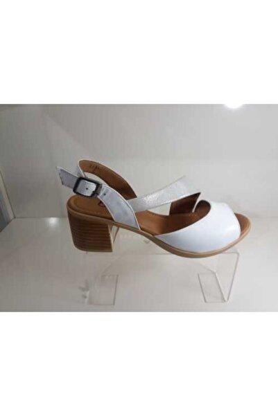 Bella Kadın Beyaz Deri Sandalet