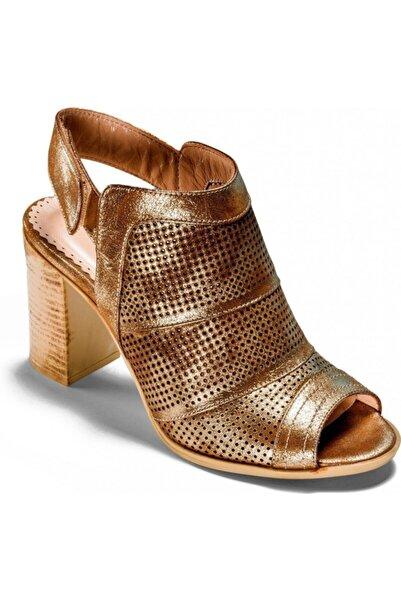 Venüs Kadın Altın Renk Hakiki Deri Fasihon Ayakkabı