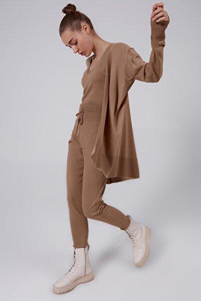 Y-London Kadın Bej Askılı Bluz Uzun Kollu Hırka Pantolon 3'lü Triko Takım Y20W126-3401