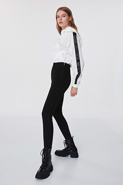 Twist Kadın Siyah Düğme Aksesuarlı Pantolon TW6200003177