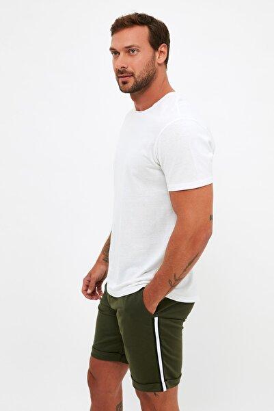 TRENDYOL MAN Haki Erkek Regular Fit Şeritli Şort & Bermuda TMNSS20SR0170