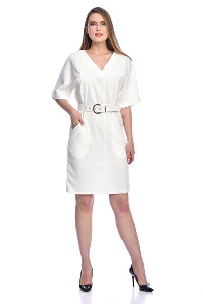 Modkofoni Kısa Kollu V Yaka Yandan Cepli Tokalı Ve Kemerli Beyaz Elbise