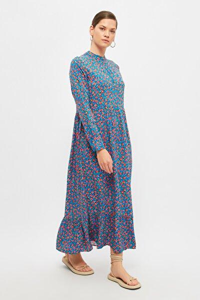 Trendyol Modest Mavi Çiçek Detaylı  Tesettür Elbise TCTSS21EL4051